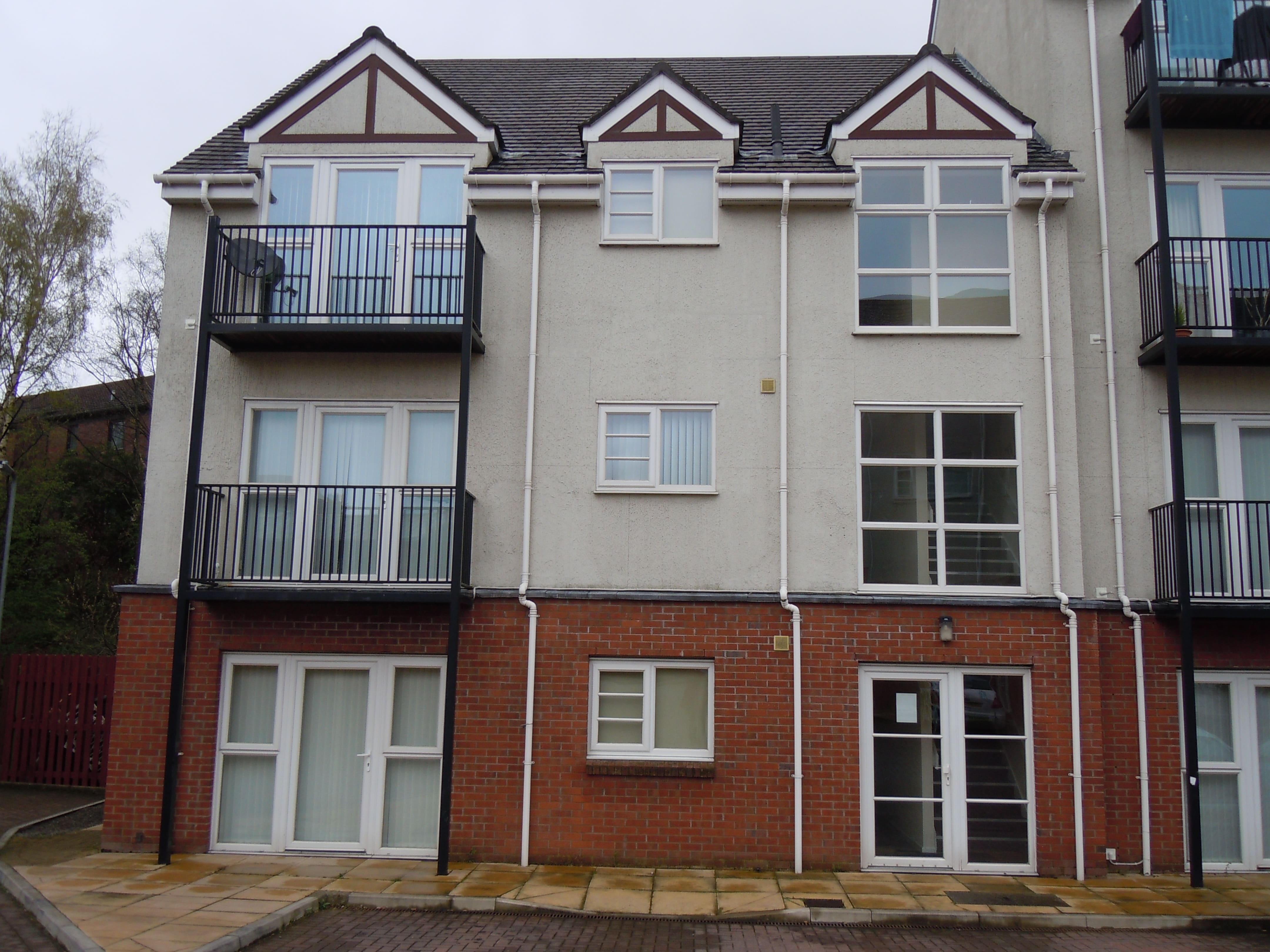 two bedroom apartment to let